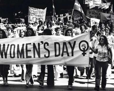 http://nelliesshelter.files.wordpress.com/2012/02/womens-day-1970s.jpg